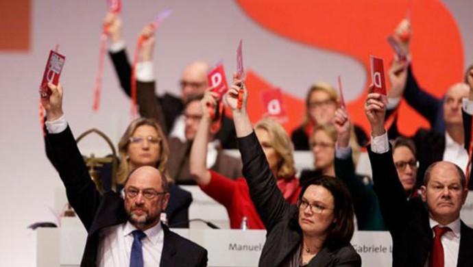 Photo of حزب ألماني شريك بالحكومة يُدرج دعم الإدارة الذاتية في برنامجه الانتخابي