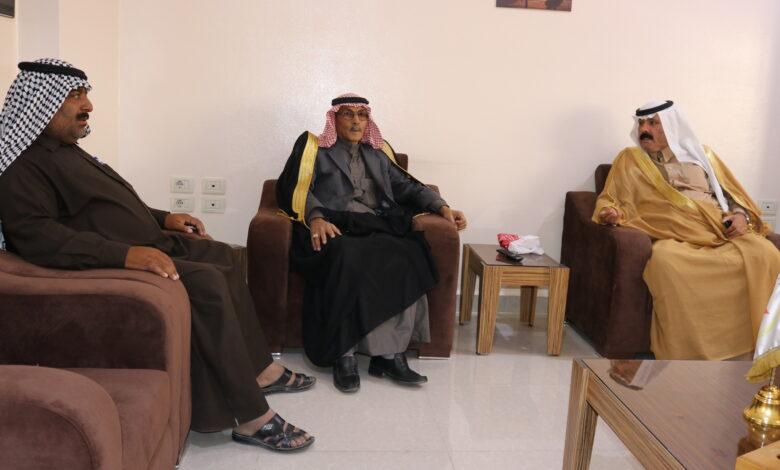 Photo of الشيخ حسن فرحان أحد شيوخ قبيلة طي في زيارة إلى مقر حزبنا بقامشلو