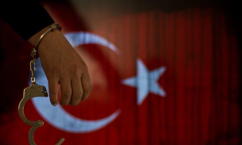 Photo of إحصائيات مخيفة لانتهاكات حقوق الإنسان داخل السجون التركية