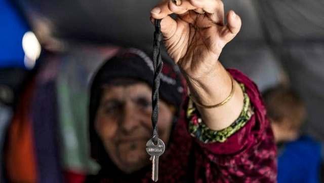 Photo of صامتة على التغيير الديمغرافي.. الخارجية السورية مستاءة من تسليم رعايا داعش