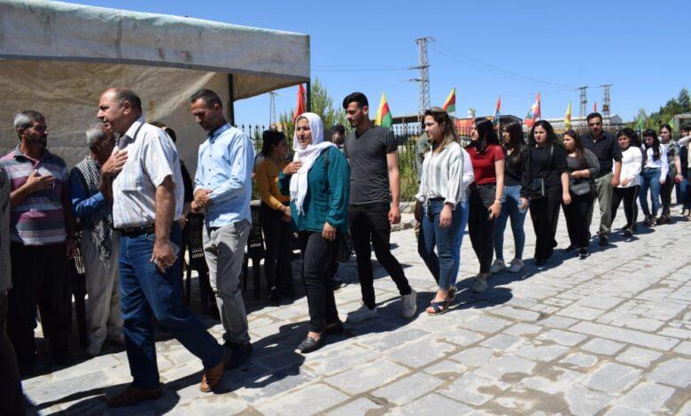 Photo of حزبنا يشارك بمراسيم عزاء كوكبة من الشهداء في كوباني