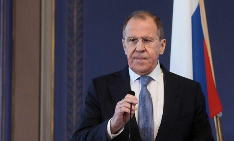 Photo of لافروف: روسيا ضد إرسال المساعدات الإنسانية إلى سوريا عبر تركيا
