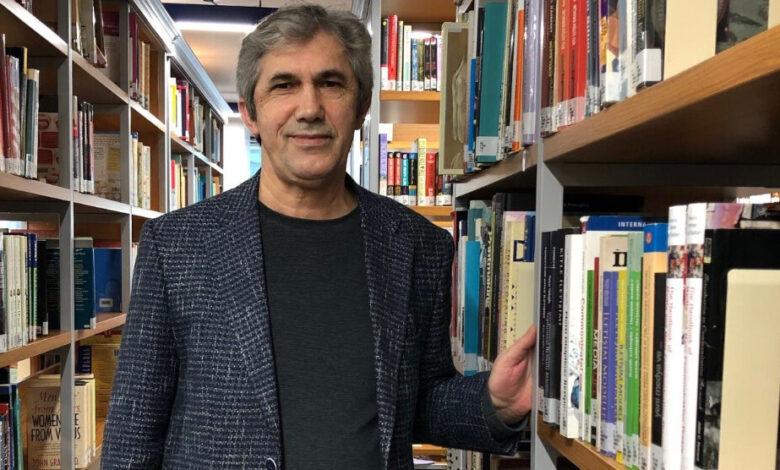 Photo of أكاديمي: الحكومة التركية تفرض قيود جديدة على وسائل الإعلام منعاً لأي انتقادات توجّه إليها