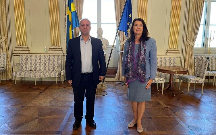 Photo of السويد تتعهد بزيادة الدعم للإدارة الذاتية وتجدد دعوتها لتركيا بالانسحاب من سوريا