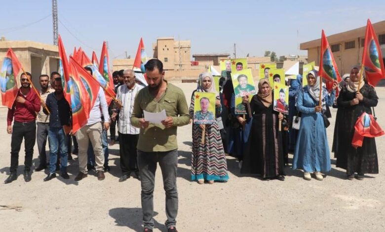 Photo of مؤسسة عوائل الشهداء بالشدادي تستنكر الهجمات على مناطق الدفاع المشروع