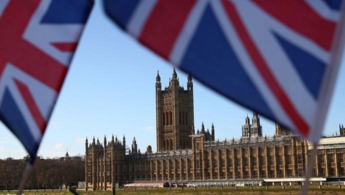 Photo of المجموعة البرلمانية البريطانية: يجب رفع صفة الإرهاب عن حزب العمال الكردستاني