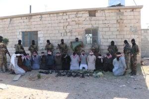 Photo of اعتقال 34 من خلايا داعش ضمن حملة تمشيط لقسد في ريف الرقة