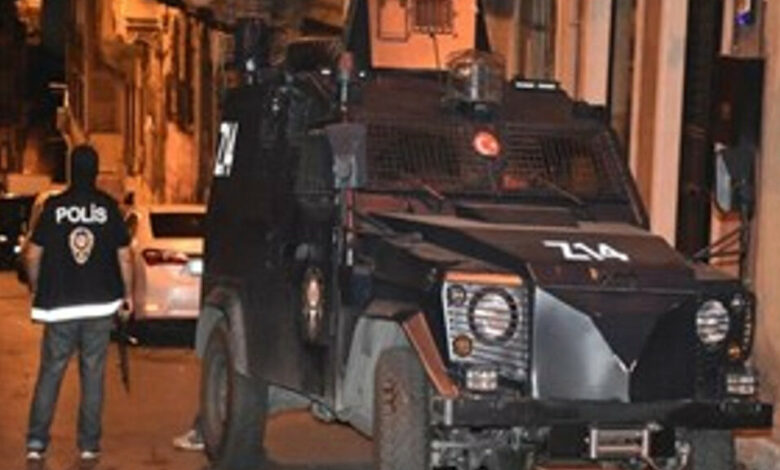 Photo of الشرطة التركية تشن حملة اعتقالات لأعضاء حزب الشعوب الديمقراطي HDP