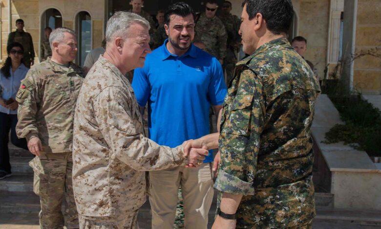 Photo of ماكنزي يلتقي مظلوم عبدي ويؤكد استمرار شراكة ودعم الولايات المتحدة لقوات سوريا الديمقراطية