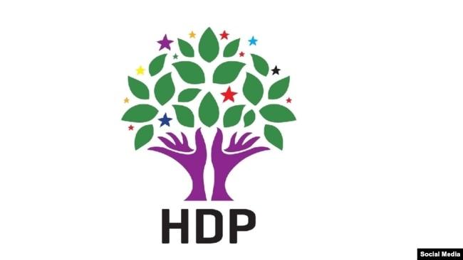 Photo of الـ HDP: كسر العزلة في إيمرالي سيجلب السلام والحياة الحرة لتركيا