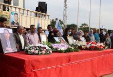 "Photo of وفد من الـ PYD يشارك في مراسم استذكار الشهيدة ""هفرين خلف"""