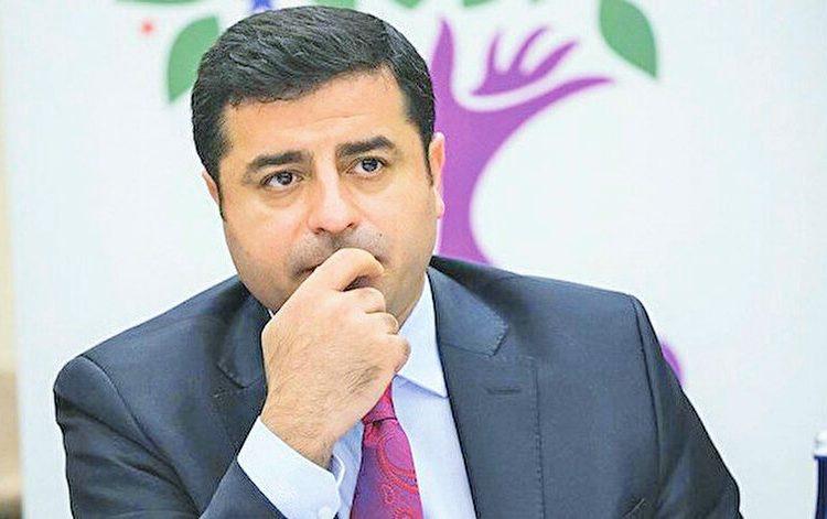 Photo of محامي ديمرتاش: موكلي بالسجن لمنعه من منافسة أردوغان
